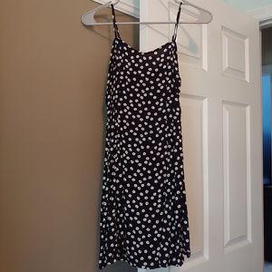 Forever 21 Black & White Daisy Dress